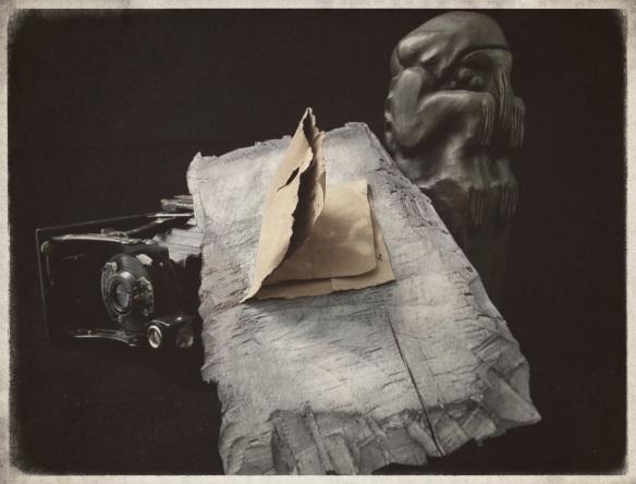 paper-wood-statue